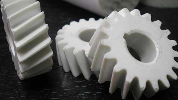 izgotovlenie-plastmassovyx-detalej